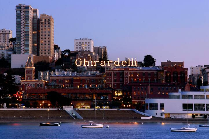 2-Bd, 2-Ba Upscale @ Heritage Place Ghirardelli Sq