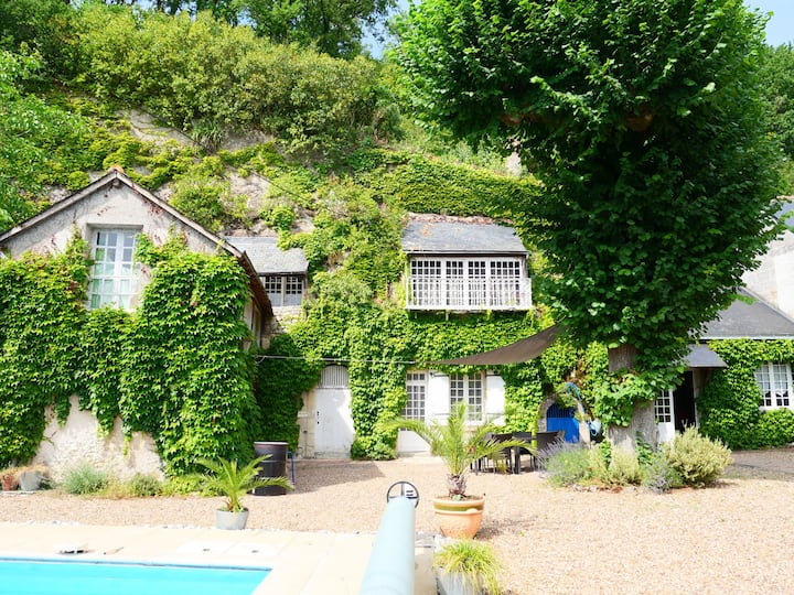 Private cottage in Loire valley