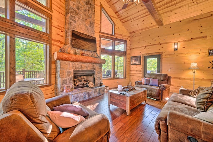 NEW! Creekside Cabin w/ Deck, Hot Tub & Fire Pit!