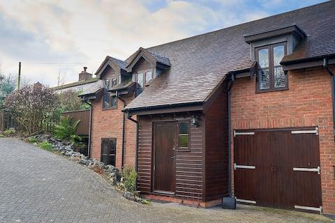 Hillfield Cottage