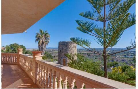 Ca 's Coto, čudovita hiša s panoramskim razgledom.