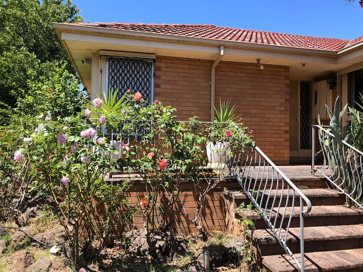 A stylish room close to Monash Uni in Mulgrave