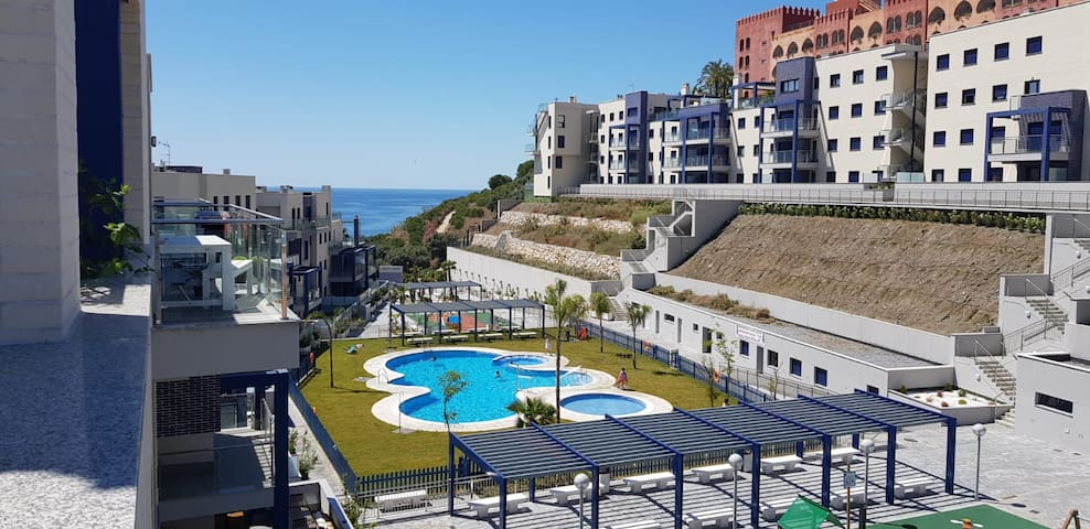 Penthouse Cabria, near the beach, relax in the sun