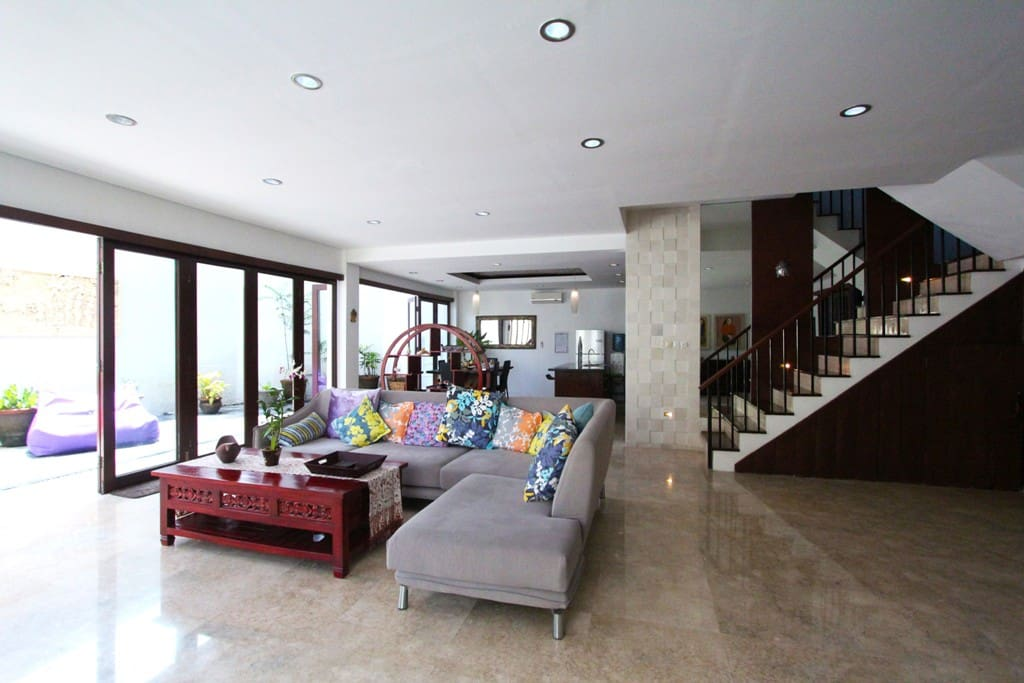 Closed/Open living room, facing pool