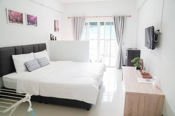Living @ Budget room(No.1) (Baan Ploy In2)