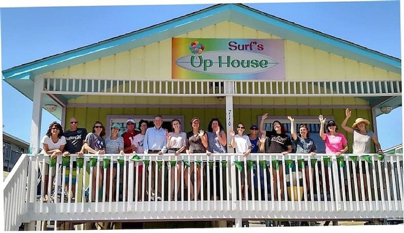 Cozy Surf's Up BeachHouse Sleeps from 3-16 Guests! - Gulf Shores