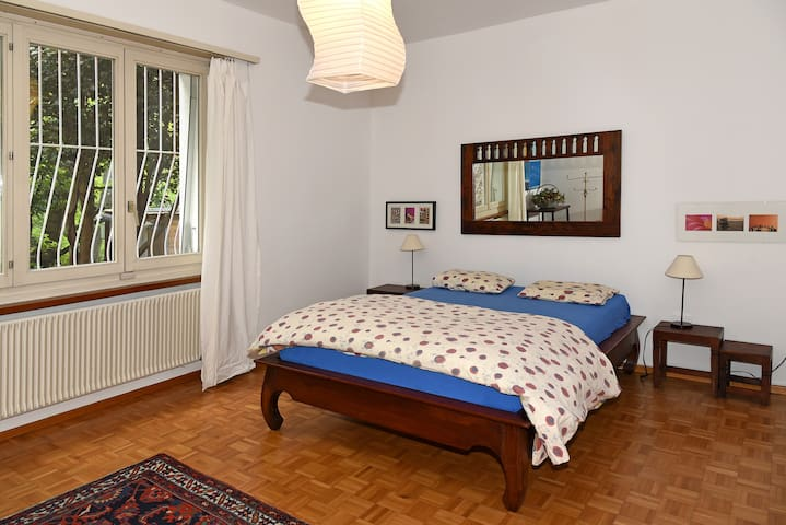 Bedroom 1 - King Size Bed