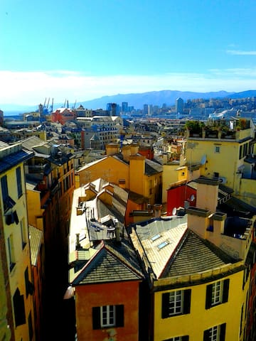 A spasso per Genova - Walking in Genoa