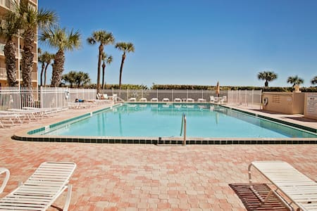 Direct Ocean Condo 1 Mile from Cocoa Beach Pier - Cape Canaveral