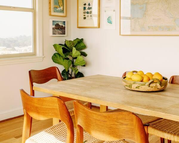 Sunny San Francisco Apartment w/ Ocean View