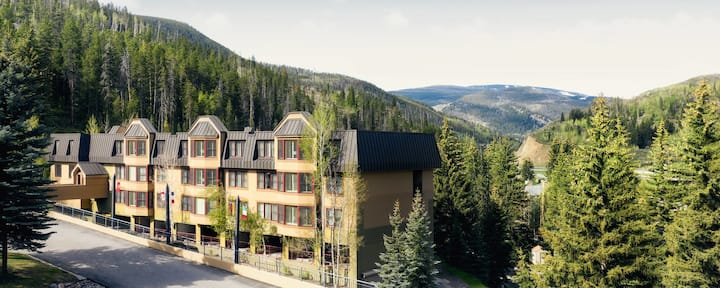 Apartment Style Hotel Suite In The Vail Mountains