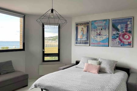 DEAUVILLE STUDIO WITH AMAZING OCEAN VIEW