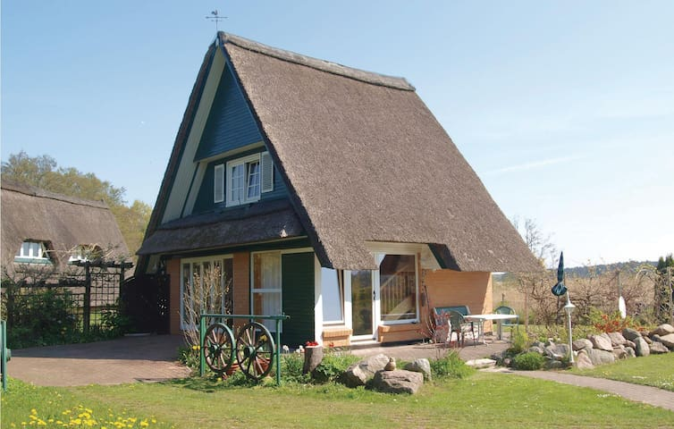 Holiday cottage with 2 bedrooms on 63m² in Pruchten