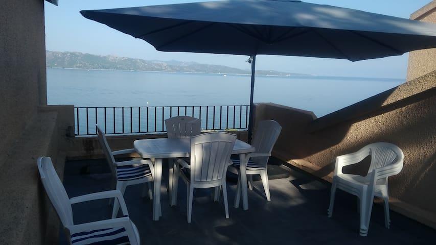 St-Florent chambre d'hôte et terrasse sur mer