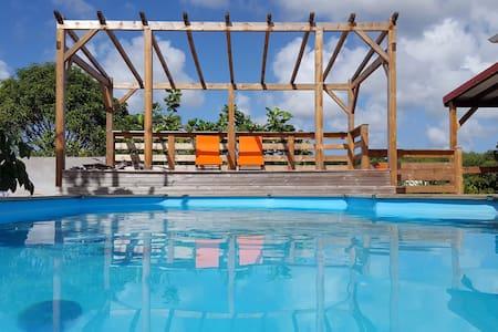 Case créole avec piscine - Casa