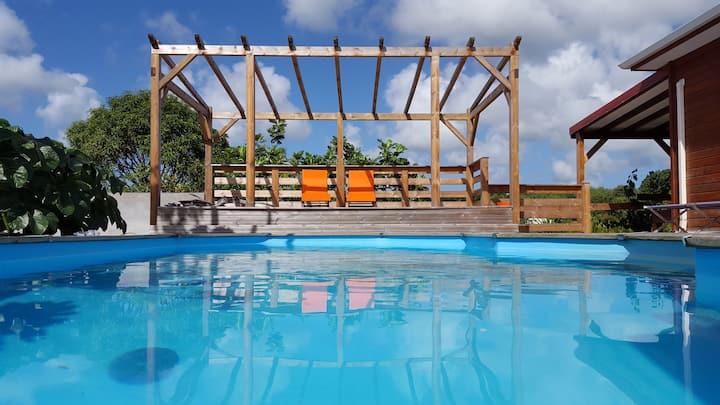 Case créole avec piscine
