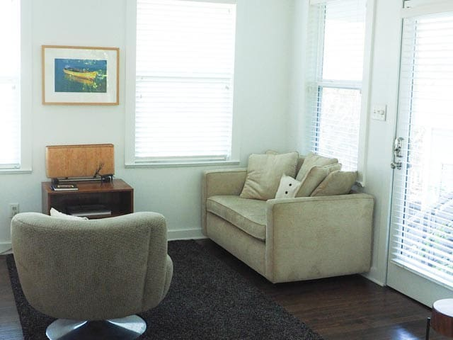 bedroom apt above the studio apartments for rent in austin