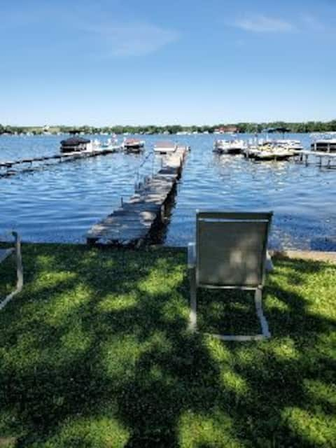 Stay by the lake! Relax on the dock in this private 3bdrm home