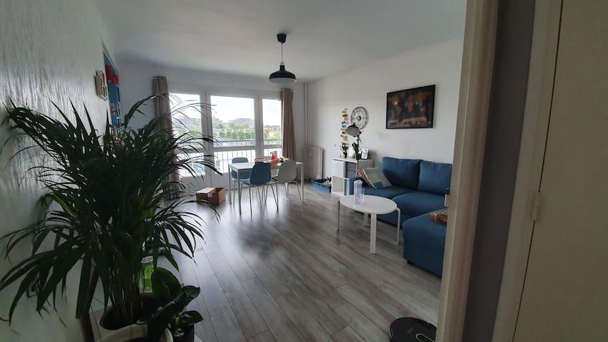 Chambre 2 places dans un appartement  3 pièces