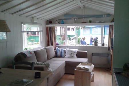 Knus zomerhuisje in Groet - Groet - Zomerhuis/Cottage