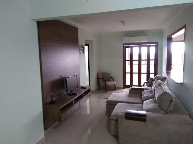 Apartamento amplo aconchegante com  Net Flix