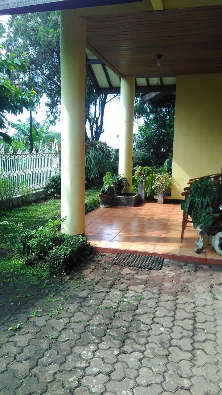 Pasir Leuteuk Villa