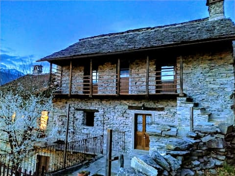 Ca'Ciapin - Double room in an old village