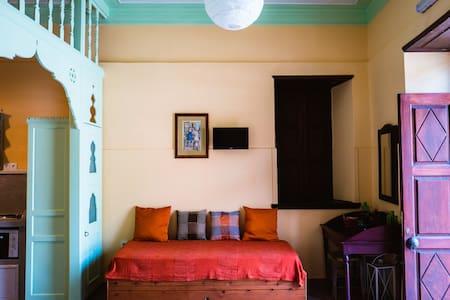 Διαμέρισμα ισογείου / Ground floor apartment