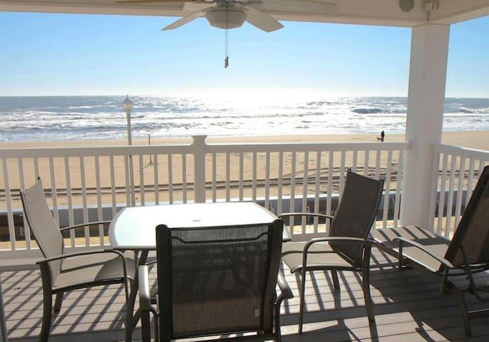 OC Boardwalk Suites S1 - Overlooks Beach & Boardwalk!