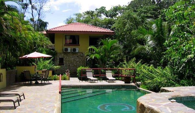 Beautiful Private Condo in Jungle w/ shared pool