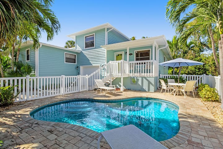 Family-friendly seaside home w/ private, heated pool-close to beaches & more