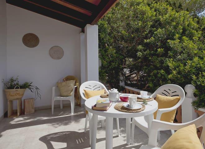 Vivienda Los Olivos by Formentera Break