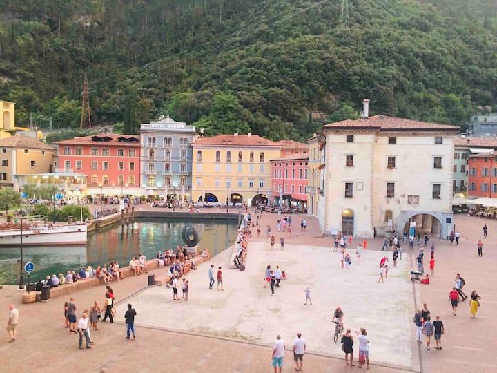 Lake View apartment centre of Riva del Garda