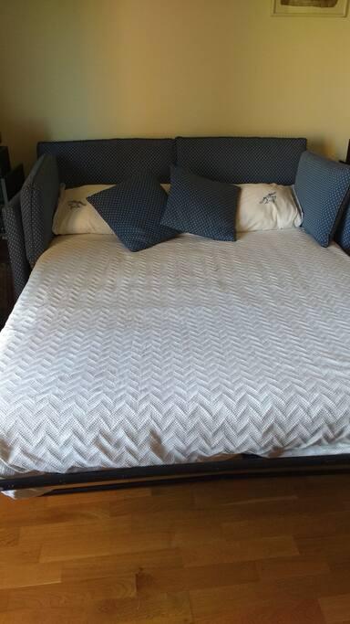 Sofá-cama de 1,35