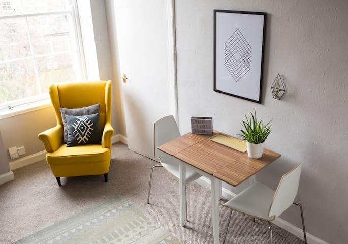 Stylish apartment close to city centre