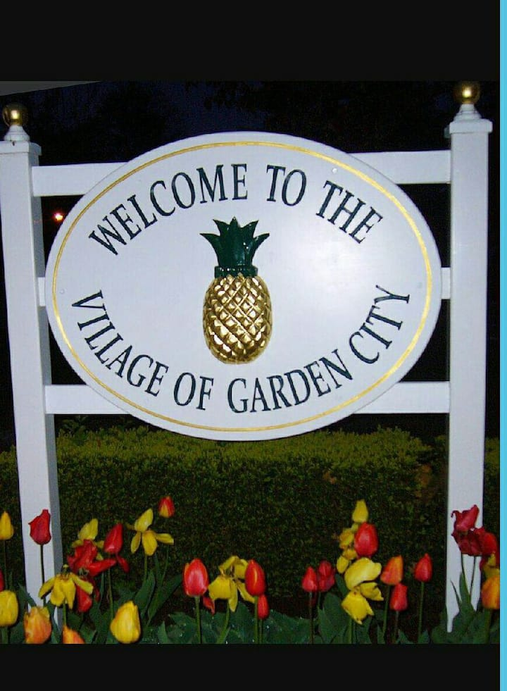 Beautiful Get Away in Garden City