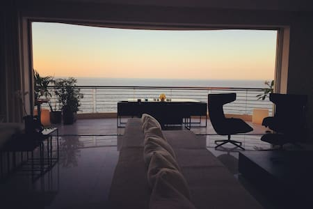 Stunning Design Open Plan Seafront Apt + Ensuite. - Sliema - 아파트