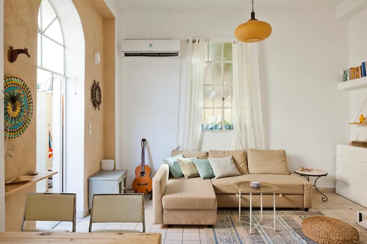 Beautiful Garden Appartment In Neve Tzedek