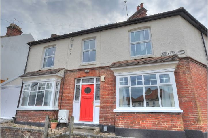 Beautiful double room in traditional maisonette - Norwich - Apartament