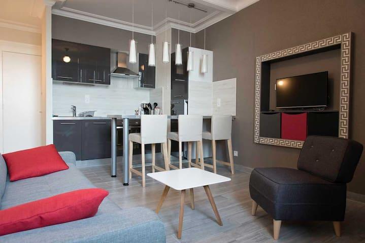 Charmant studio - Evian centre - vue lac - Évian-les-Bains - Apto. en complejo residencial
