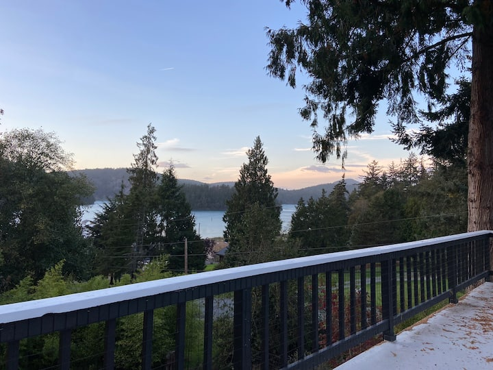 Relax/Work near State Parks in Waterview Retreat