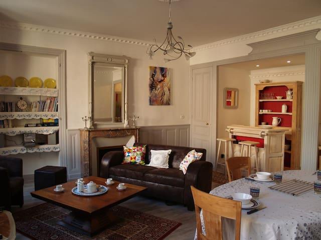 Appartement tout confort ,calme, centre ville - Le Puy-en-Velay - Byt
