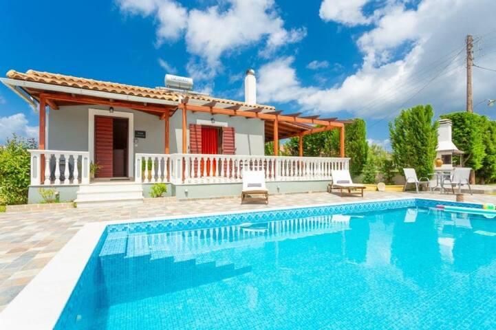 Pothos Villas - Mansion Villa with Private Pool