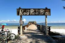 2 blocks from the Rod and Reel Pier.