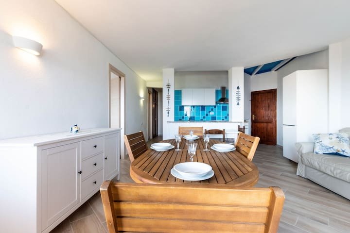 Apartment Villa Balda on the Beach with Large Balcony, Beautiful Sea View & Air Conditioning; Parking Available