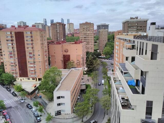 Habitacion en Madrid, Aeropuerto a 10 minutos