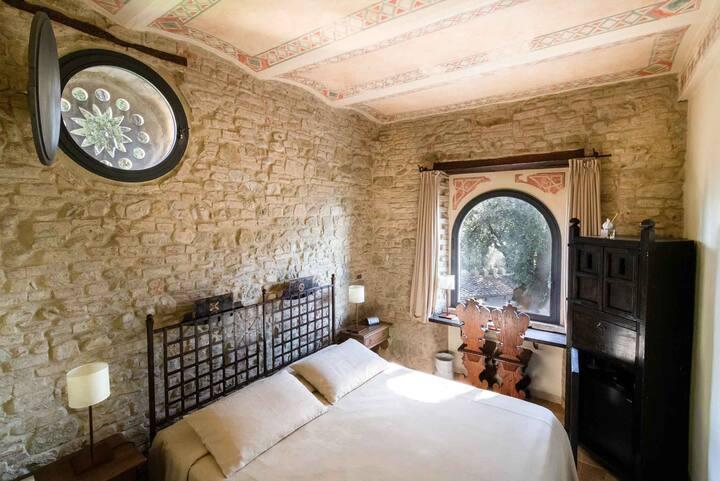Camera in un Castello medievale, colazione inclusa