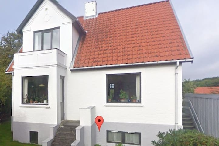 Familievenlig villa 5 km fra Århus C - Højbjerg - Casa