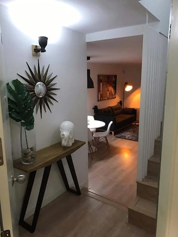 Moderno Duplex Familiar 30.