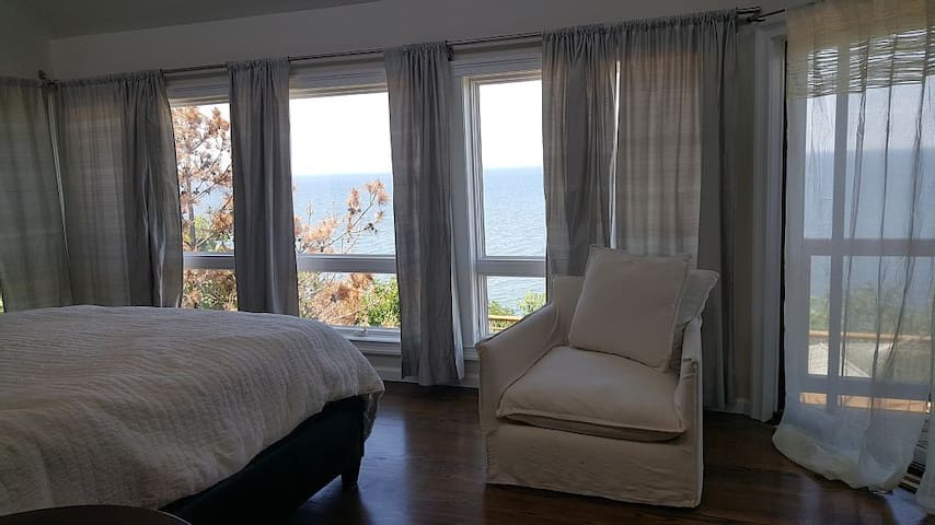 New Beach House Breath taking Views from your Bed - Rocky Point - Maison